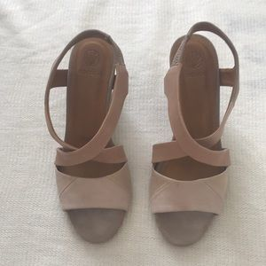 Coclico Handmade in Spain Nude Wedge